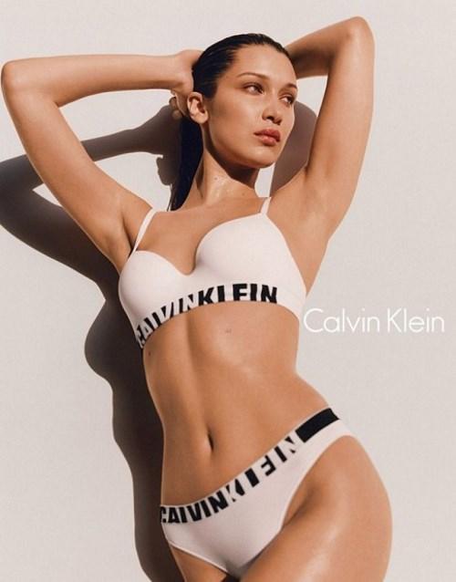 Белла Хадид показывает свои формы в последней кампании Calvin Klein